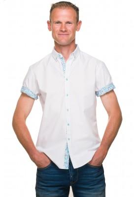 Chemise blanche manches courtes fleurs