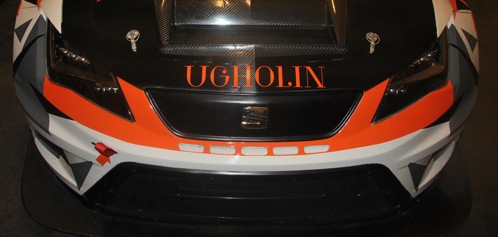 La Seat Leon Cup Racer aux couleurs de Ugholin mode homme